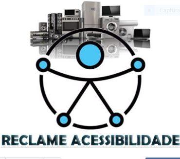 """#PraTodosVerem Imagem da logo do Reclame Acessibilidade. Na parte superior, uma montagem de eletrodomésticos e aparelhos de som alinhados um ao lado do outro. À frente o nome do canal em letras pretas:""""Reclame Acessibilidade"""" fim da descrição."""